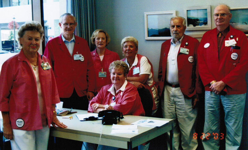 Bob with other hospital volunteers. 2003